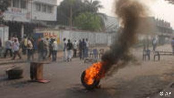 Já em setembro deste ano, protestos da oposição sacudiram a capital congolesa Kinshasa, antes das eleições presidenciais de 28.11