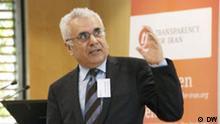 Feridoun Khavand ist Wirtschaftwissenschaftler Berlin, Konferenz Inside Iran, 11. und 12. November 2011 Foto: Davoud Khodabakhsh, DW