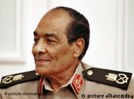 فشار بر ژنرال محمد حسین طنطاوی، رئیس شورای عالی نظامی افزایش یافته است