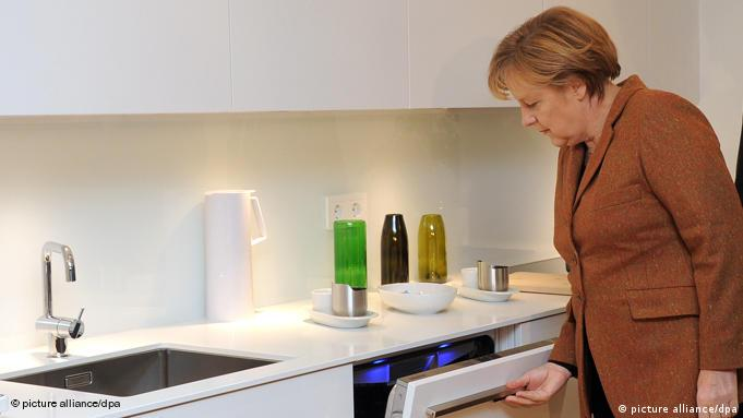 Merkel at the opening of an energy-efficient house in Berlin