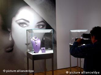 کلکسیون جواهرات الیزابت تیلور یکی از گرانبهاترین مجموعهها در جهان است