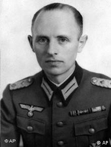 Reinhard Gehlen in Wehrmachtsuniform 1943. (Foto: AP)