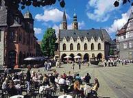 Goslar, Praça do Mercado com Prefeitura gótica