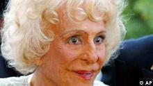 Leni Riefenstahl arrives in a hotel in Feldafing near Munich, Germany, on Aug. 22, 2002, at her 100th birthday. German film director and photographer Leni Riefenstahl, who became famous with films she produced for the Nazis between1932 and 1945, has called off an appearance at the opening of a major exhibition on her work because of illness, spokesman Peter Hoffmann of the museum said Tuesday, Dec. 10, 2002. (AP Photo/Jan Pitman)