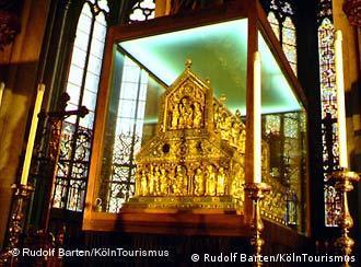 Los Reyes Magos Reposan En Alemania Cultura Dw 06 01 2003