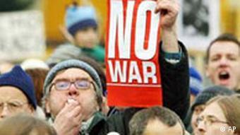 Protestdemonstration gegen den Irak-Krieg in Heidelberg