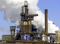 Alto horno del gigante metalúrgico Thyssen, en Duisburgo.