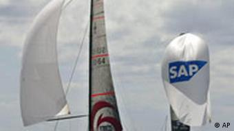 Alinghi holt America's Cup