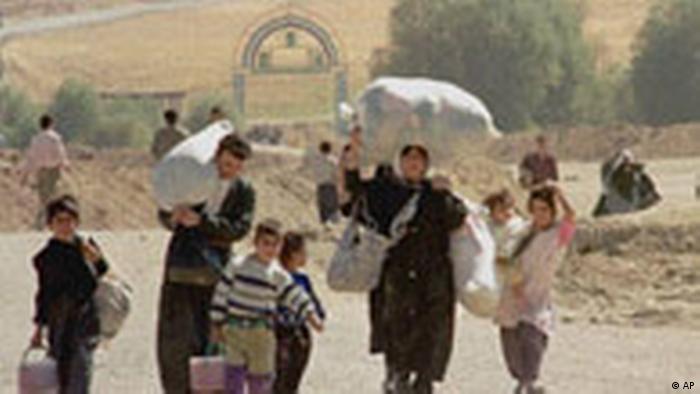 Kurdische Flüchtlinge (AP)