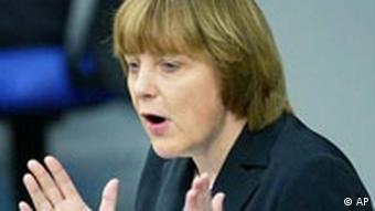 Angela Merkel in Bundestag für Frauengalerie p178