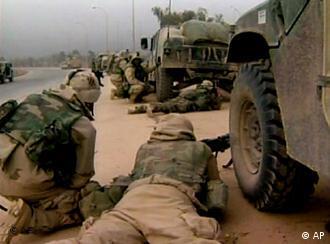 Vorentscheidung: Am 4. April erobern die Amerikaner den Flughafen von Bagdad