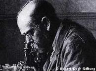 Robert Koch  (1843-1910)em seu laboratório