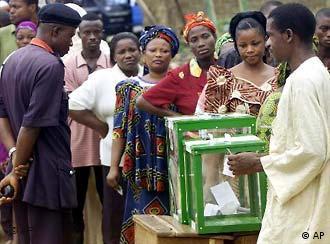 Wahlen in Nigeria Warteschlange