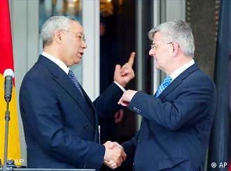 Powell e Fischer buscam reaproximação