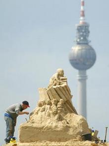 Sandburgenbauen ganz groß