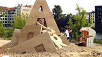 Sandsation. 1. Internationales Sandskulpturen-Festival Berlin