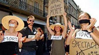 Kulturstreik in Frankreich Demonstration Kultur tot