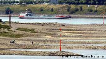 Bildgalerie Klimawandel in Deutschland Rhein mit Niedrigwasser