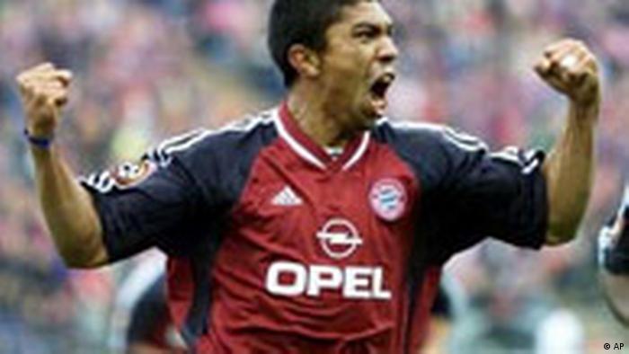Fußball Bundesliga Stars FC Bayern München Giovane Elber (AP)