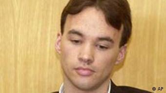 Magnus Gäfgen im Juli 2003 während des Prozesses im Frankfurter Landgericht. (Foto: AP)