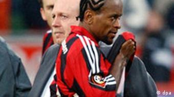 Letzter Spieltag FC Bayer Leverkusen wird nur Vizemeister 2001/02 Bundesligageschichte