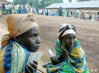 Frauen in Ruanda (Foto: ap)