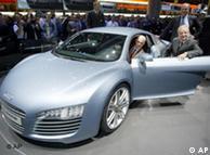 Прототип Le Mans Quattro на автомобильной выставке во Франкурте